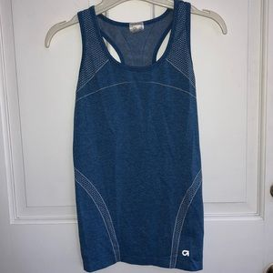 GAP FIT motion workout tee size SMALL